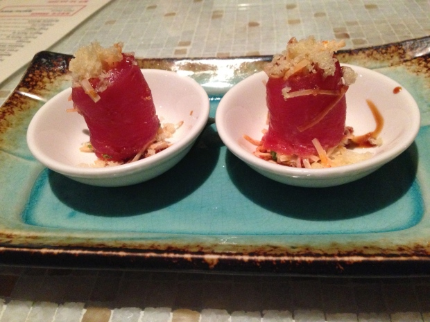 Angry crab - tuna, spicy crab, togarashi